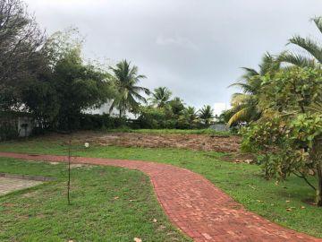 Terreno em Condomínio à Venda